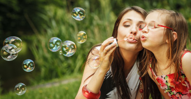 The 6 Types of Moms at The Park In Anytown, USA - BluntMoms.com