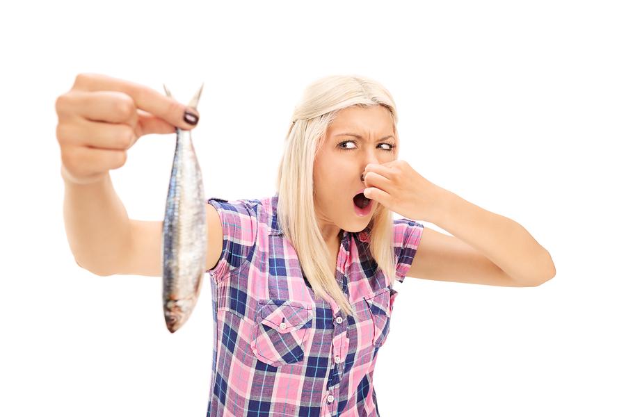 запах рыбы от члена